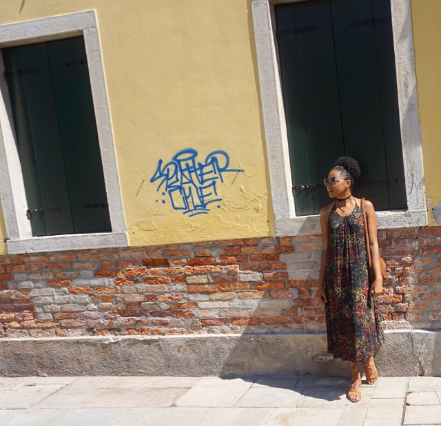 The Business of Chic Outfit in Venice